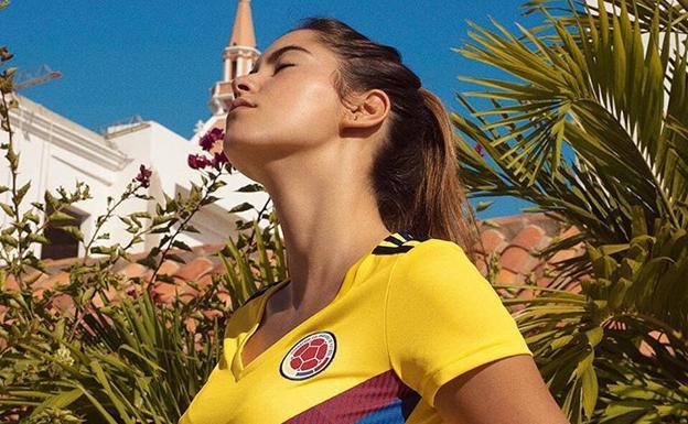 9ba4c7ad1a Adidas elige a una modelo para promocionar la camiseta de la selección  colombiana, no a una jugadora