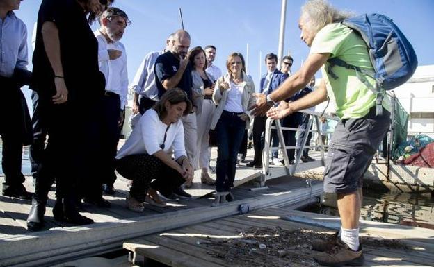 Proponen a la ministra Ribera ocho medidas para salvar el Mar Menor