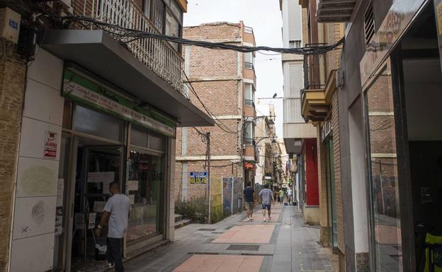 Imagen de archivo de la calle San Fernando de Cartagena. /Antonio gil/ AGM