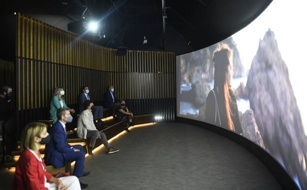 Esta experiencia inmersiva puntera a partir de realidad virtual puede disfrutarse en la avenida Libertad.