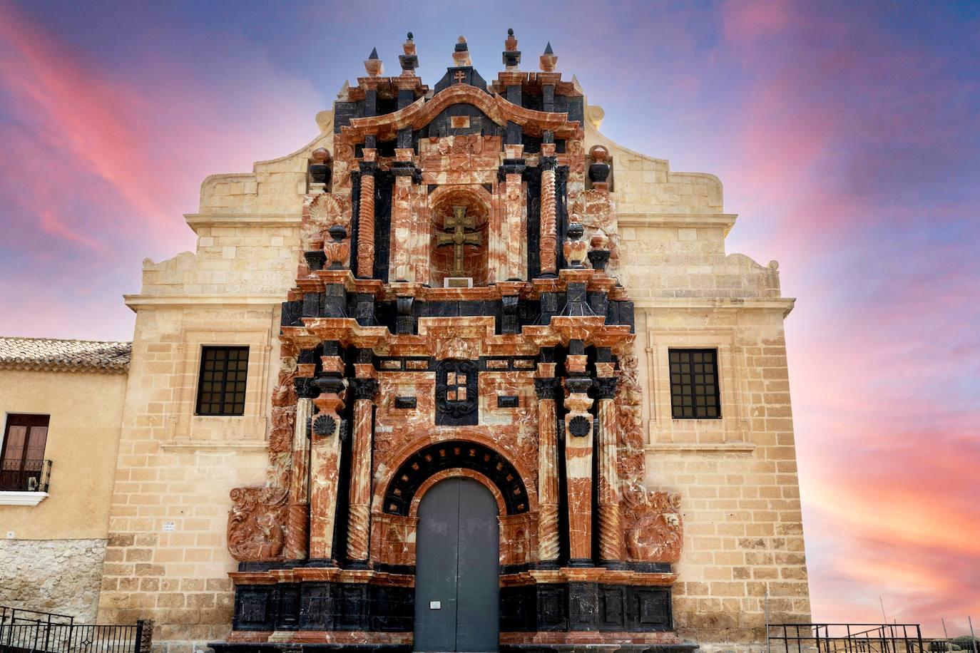 Fachada principal de la basílica de la Vera Cruz de Caravaca