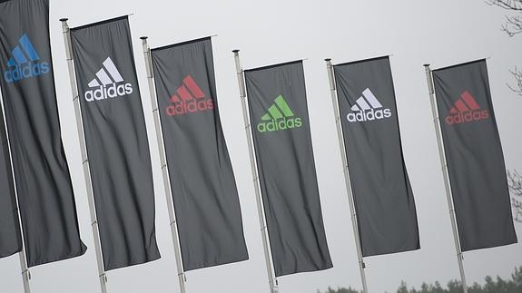 e434fc31c2a Adidas deja de patrocinar a la Federación Internacional de Atletismo ...